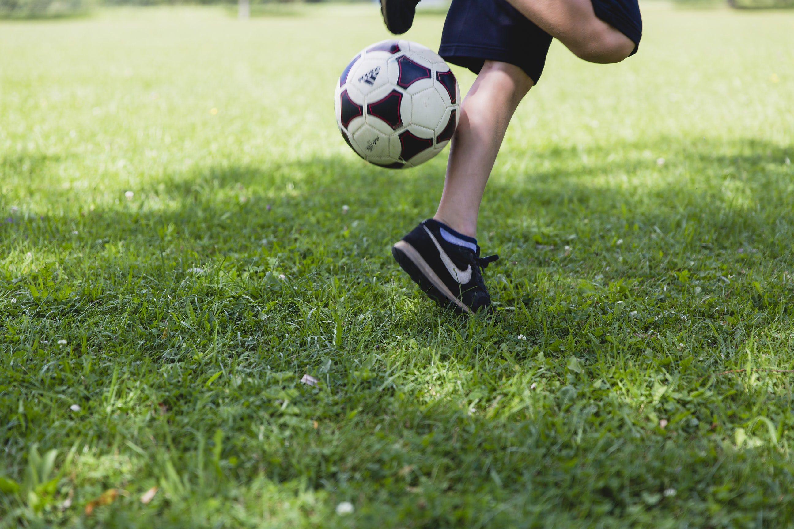 Soccer Skills Pictures Download Free Images On Unsplash Fun Workouts Soccer Skills Soccer Coaching
