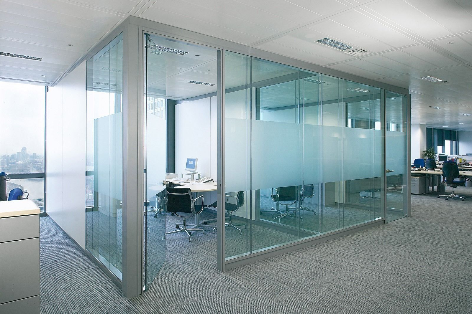 Glass office windows - Glass Wall Panels Let In Natural Light