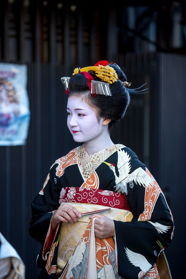 Naoai san, newest Kamishichiken maiko on the day of her debut  お見世出し!  ~上七軒 尚あい~ : THE PHOTO DIARY By CANON!