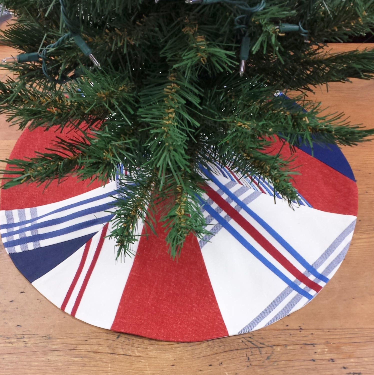 Mini Christmas Tree Skirt Contemporary Patriotic Red White Blue Abstract American