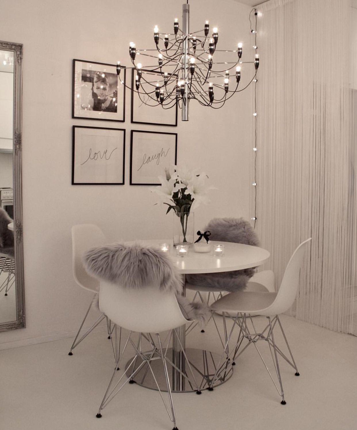 Instagram Via Johanna With Images Home Decor Living Room