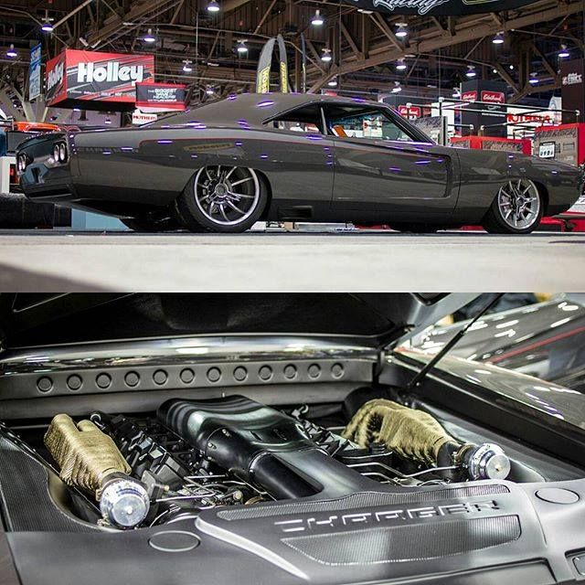 Belcolor The Roadster Shop Twin Turbo V10 Sliced Dodge Charger R