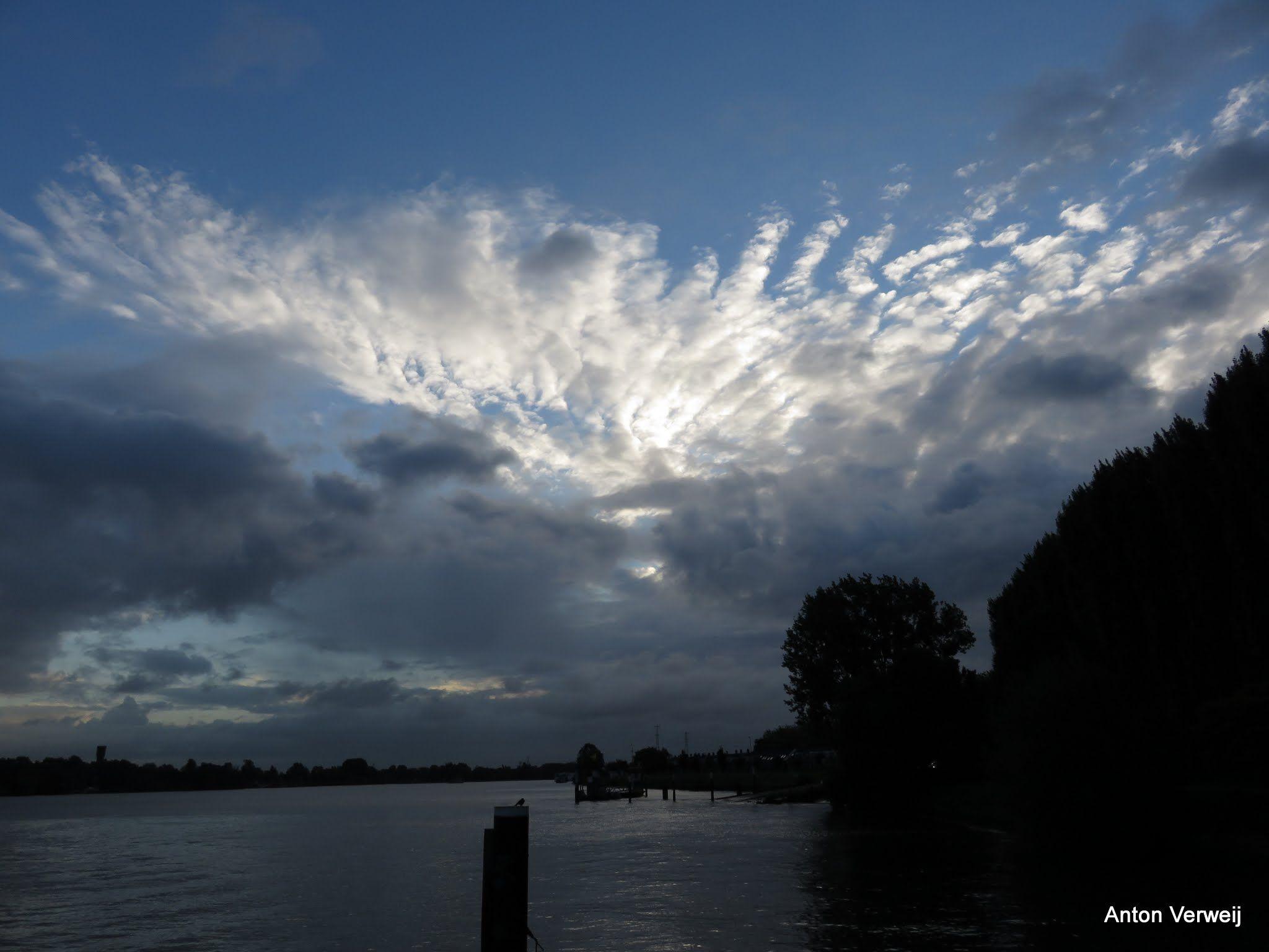 Ornamentenwolken ... http://godisindestilte.blogspot.nl/2015/09/ornamentenwolken.html