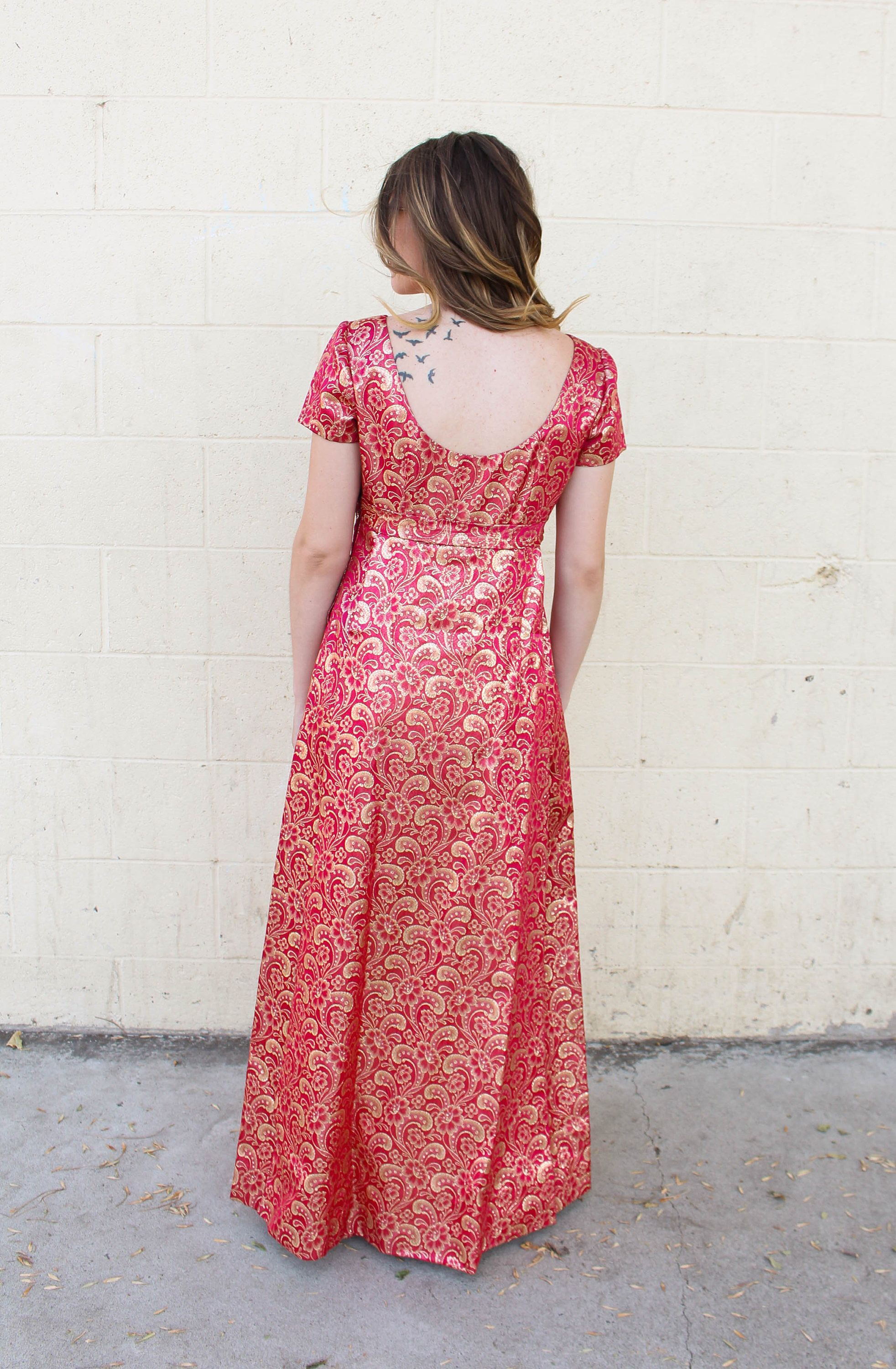 Vintage us hot pink magenta u gold floral brocade evening gown