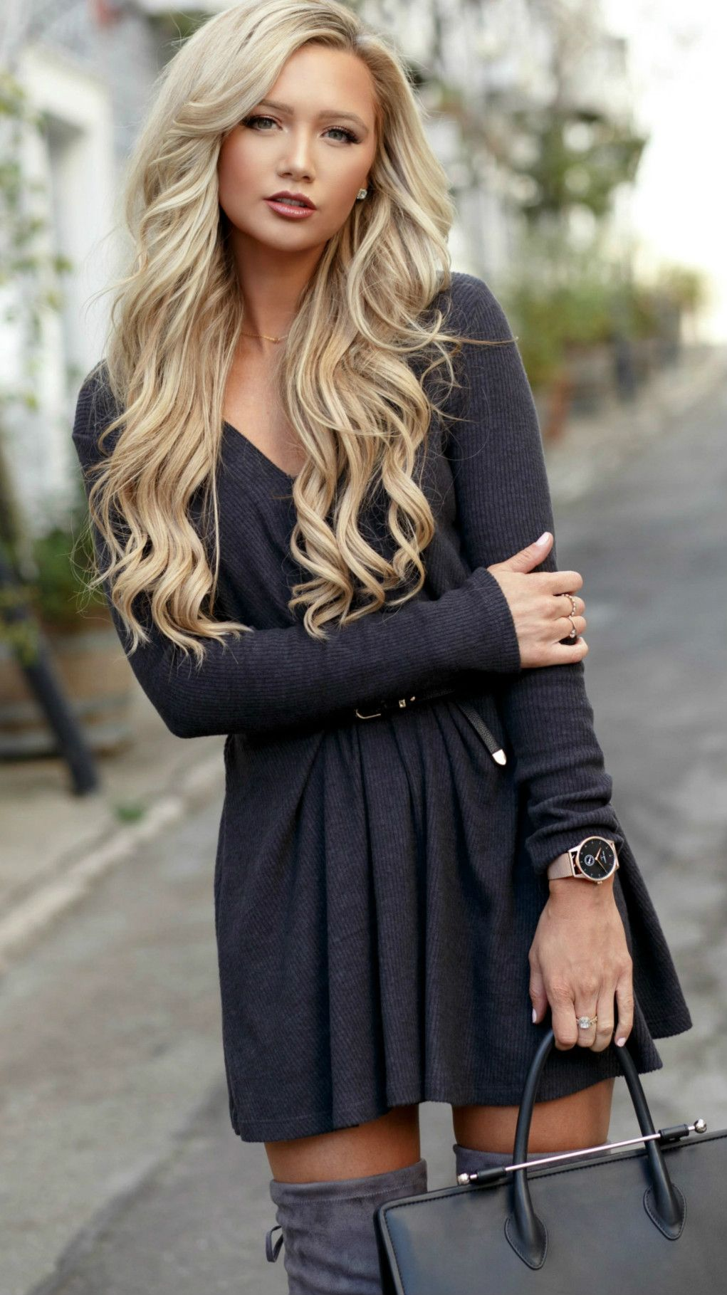 Solid color deep vneck long sleeves dress azbro sleeved