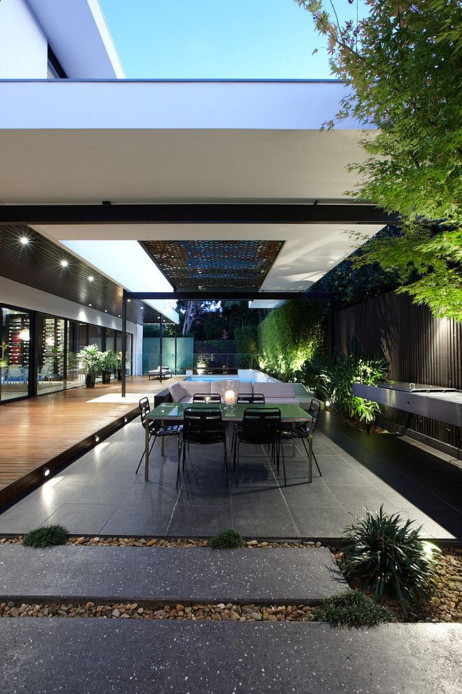 Balaclava Road House by C.O.S Design