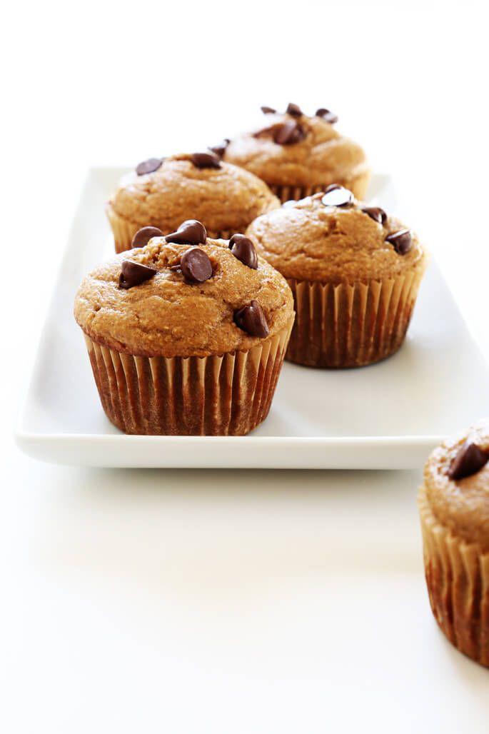 Diese gesunden Bananenmuffins sind natürlich glutenfrei und ohne Butter, ohne Öl und ohne Zusatz von raffiniertem Zucker.  Machen Sie den Teig in den Mixer!