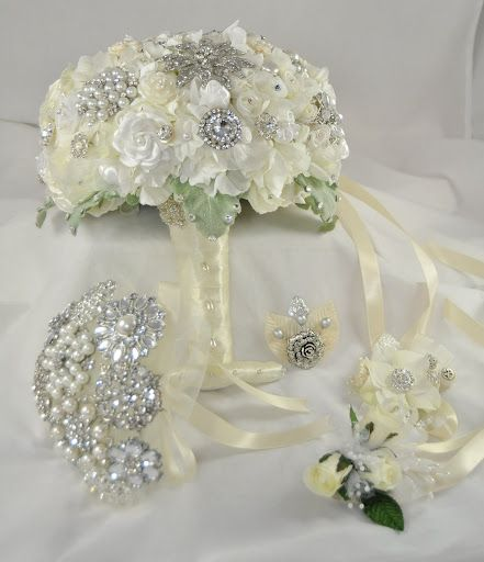 Couture Flower + Brooch Bunch Large and Accessories:) #wedding #bouquet