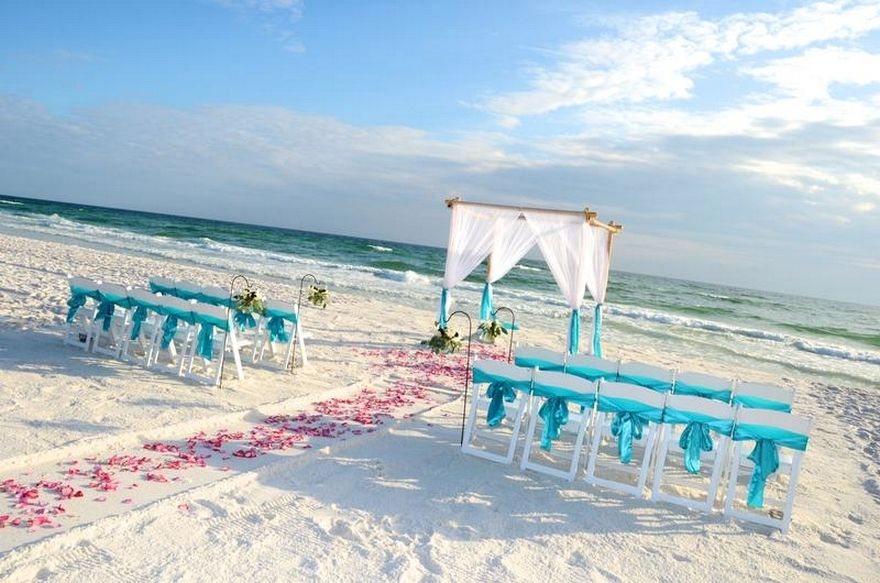 Beach Wedding Aisle Ideas & Inspiration | Beach wedding aisles ...