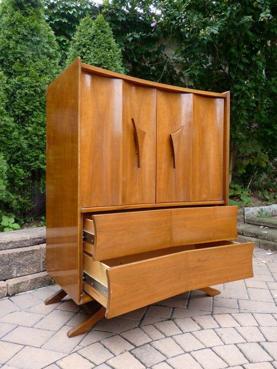 stunning mid century modern dresser highboy m bel pinterest m bel. Black Bedroom Furniture Sets. Home Design Ideas