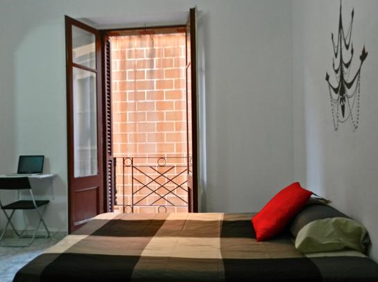 500 euros-shared room