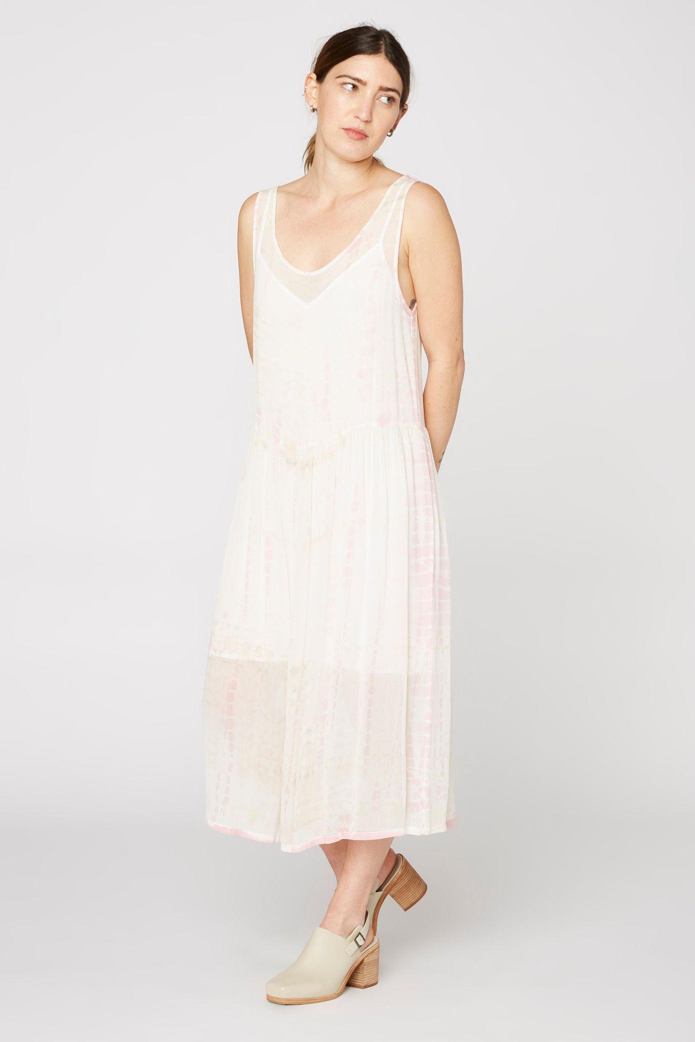 e440490d9333 Folk Dress