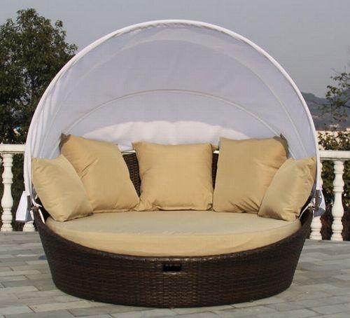 sillón redondo con toldo para exterior   Terraza y jardin ...