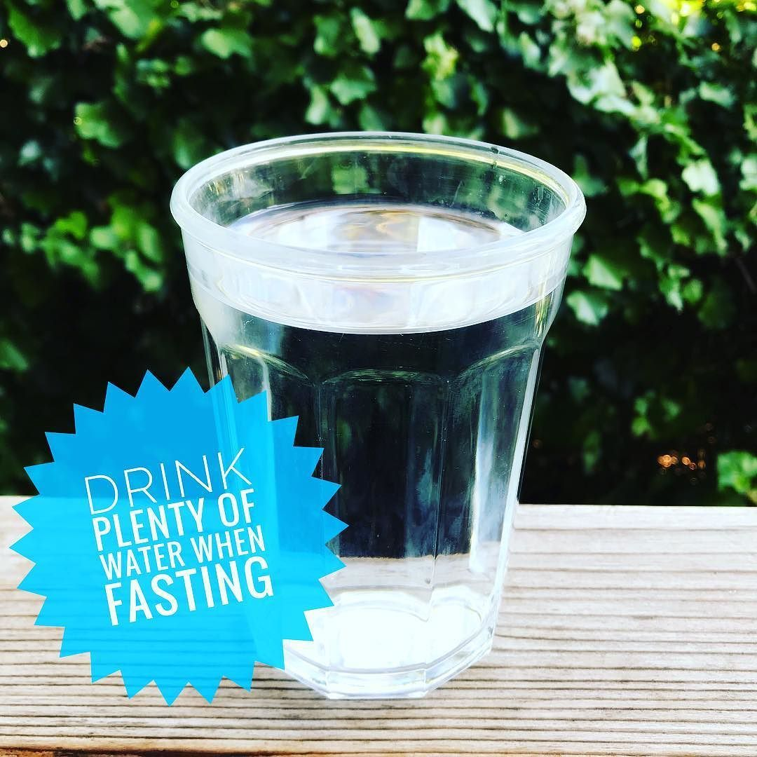 Are you trying out #intermittentfasting ? You will love it but only if you drink plenty of water. Roughly 20% of our daily fluid intake comes from food so when fasting you may need to add a few extra glasses.  =  #onpath #healthyliving #mindful -  - #healthyeating #healthyfood #fitnessfood #fitnesslife #fooddiary #youarewhatyoueat #foodjournal #eatwell #eatclean #weightloss #balanced #fitness  #paleo #healthybody #healthybodyimage #icandothis #feelinggood #healthylifestyle #womenshealth…