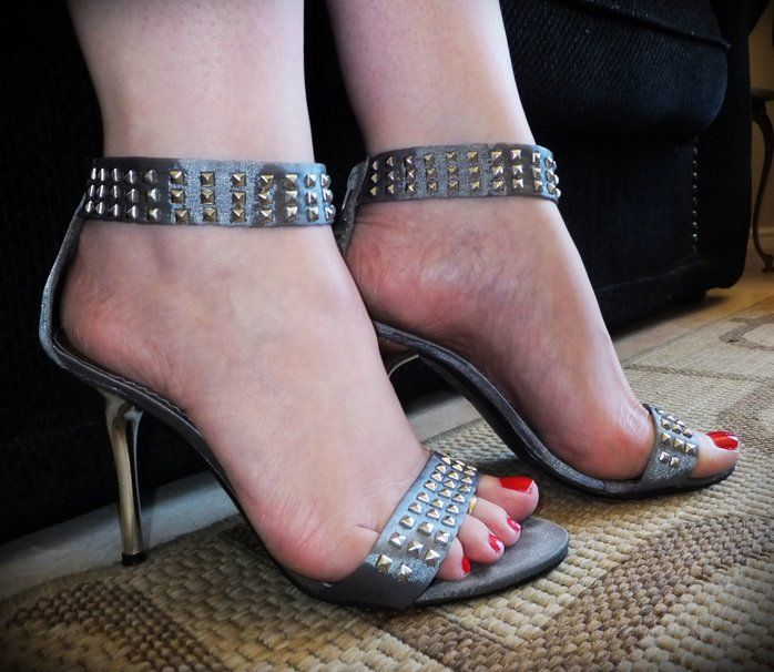 Latest HD Wallpaper French Tip Toes 2014 | Nails. Nails. Nailssss ...