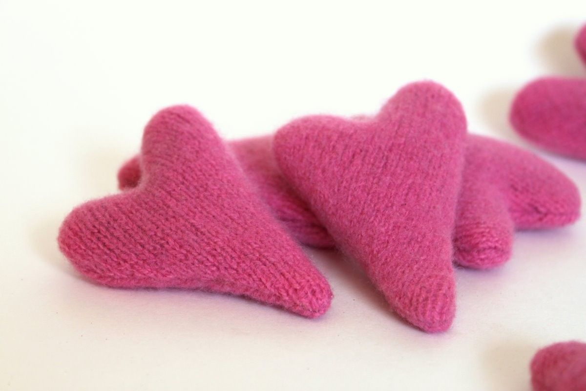 etsyfindoftheday | we love our pets | 2.10.15 pink cashmere catnip heart toys by peppermintpinwheels i've been waiting til february to show off these supersoft cashmere cat toys — i love the abstract...