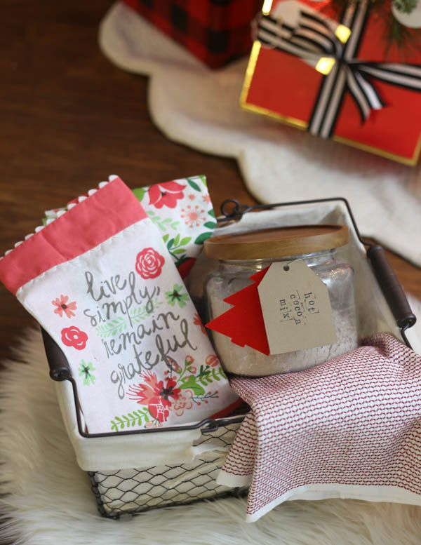 Holiday Gift Basket Ideas #boyfriendgiftbasket