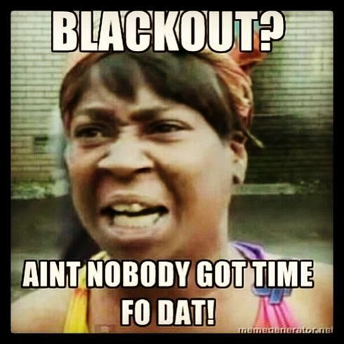 Hilarious Super Bowl Power Outage Tweets And Memes Bones Funny Funny Jokes