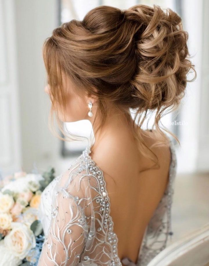 Beautiful wedding hairstyle long hair | fabmood.com #weddinghairstyle #bridalhair #weddinghair #wedding #bridehairstyle #updos