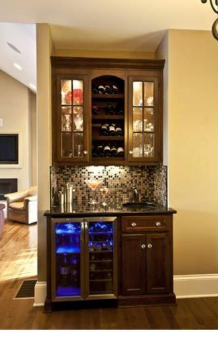 Bar area in 2019 bars for home small bars for home wet - Small wet bar ideas ...