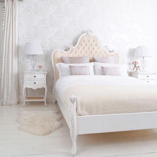 Provencal Grande Upholstered Bed