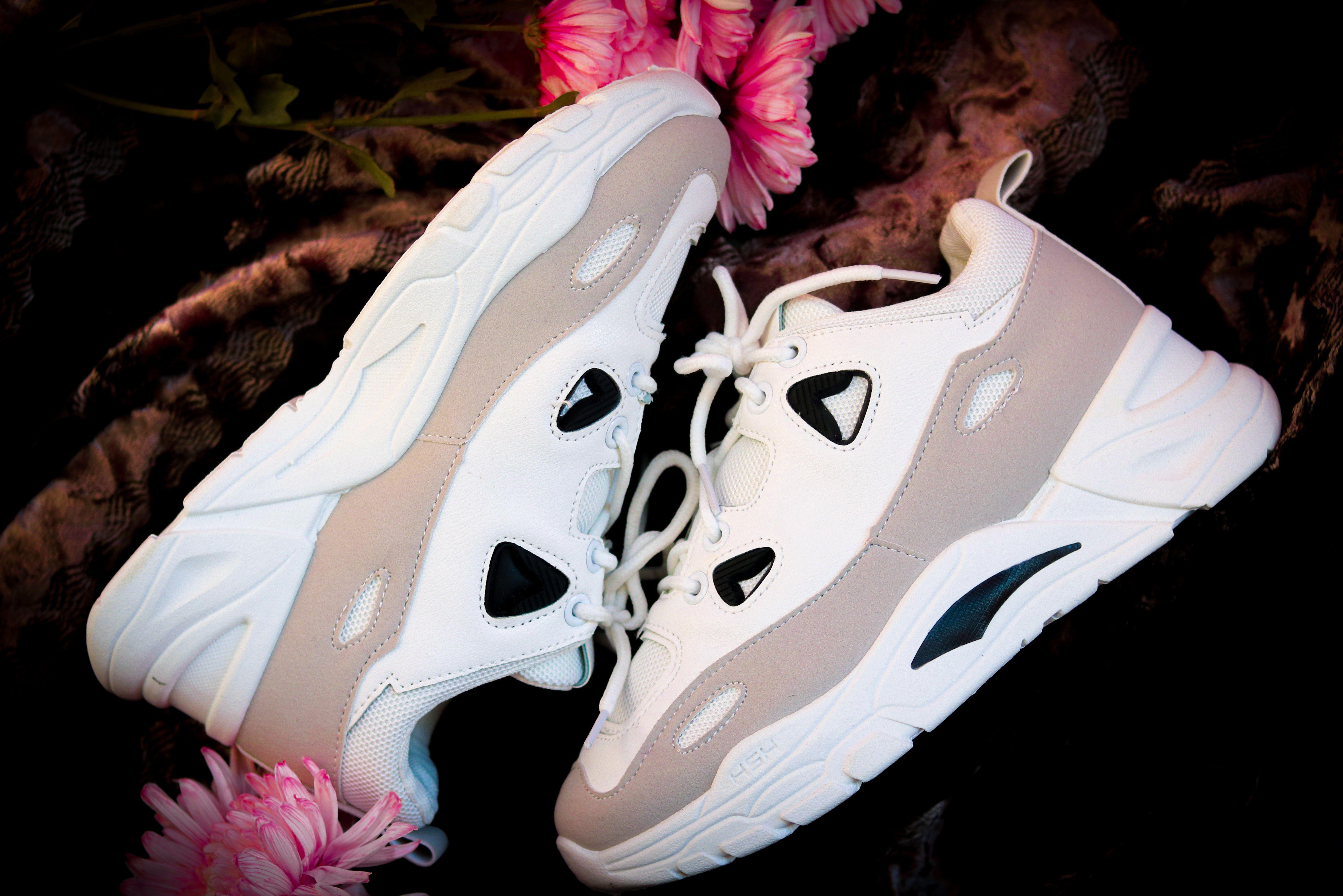 كوتشى Rock حريمى بسعر 185ج Sneakers Nike Nike Air Max Shoe Brands