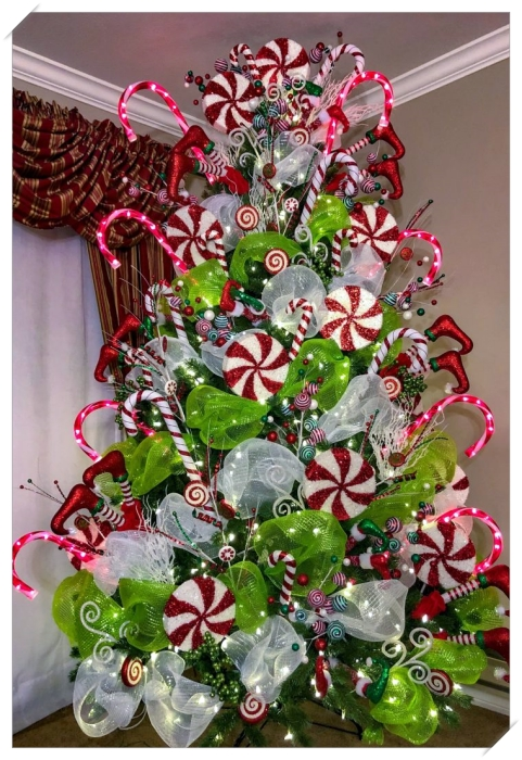 How to decorate a Christmas tree – Simple tips to start decorating