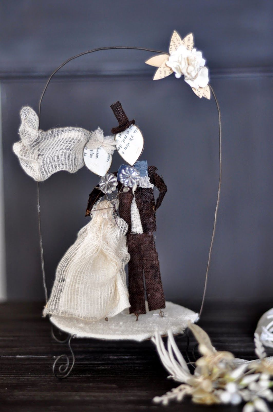 Le Bianche Margherite Cake Toppers