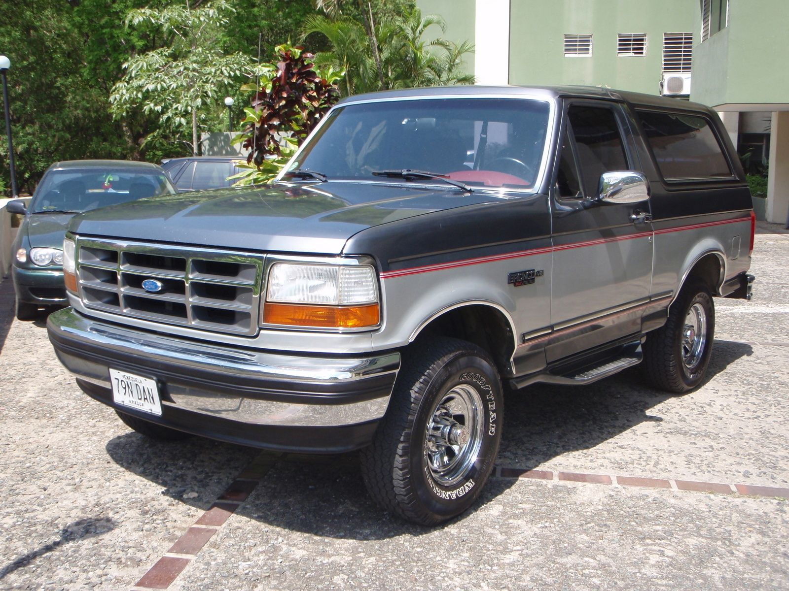 1993 Ford Bronco Sports Utility (With images) Ford