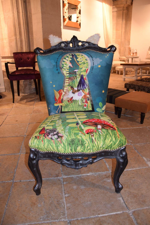 Epingle Par Maryse Raud Sur Chaise Relookee Tissu Mobilier De Salon Meuble Deco Meubles Peints