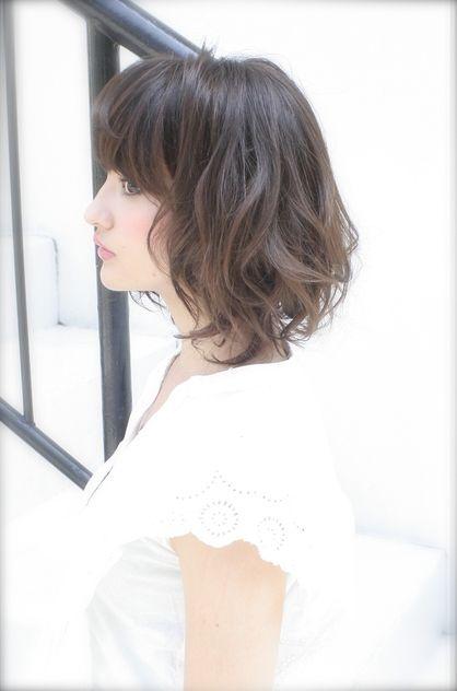 ミディアムレイヤーボブ Beronicaのヘアスタイル ミディアム