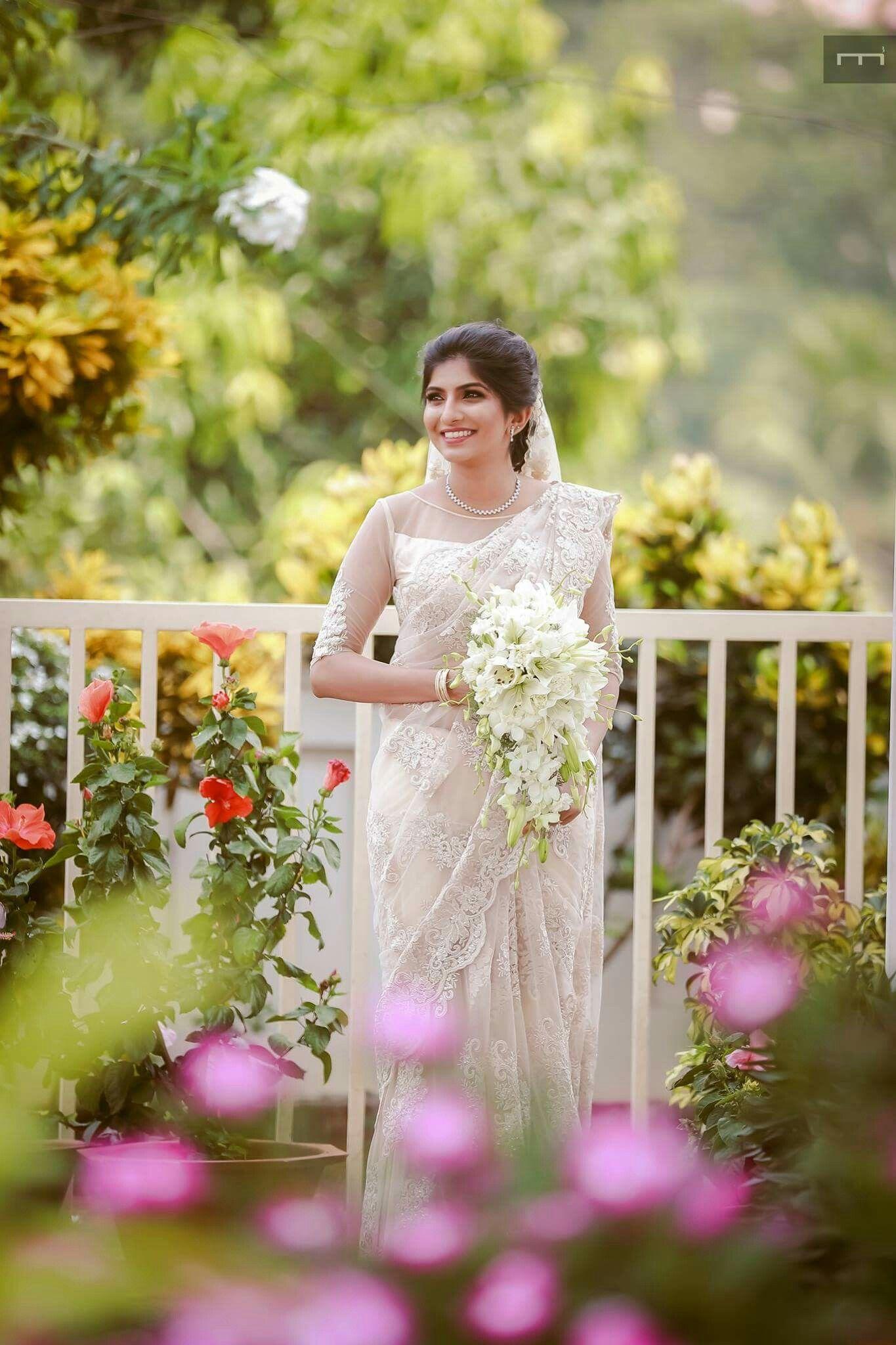 Bride Weddings Bridal Sarees Wedding Indian Photography Ideas Preparation