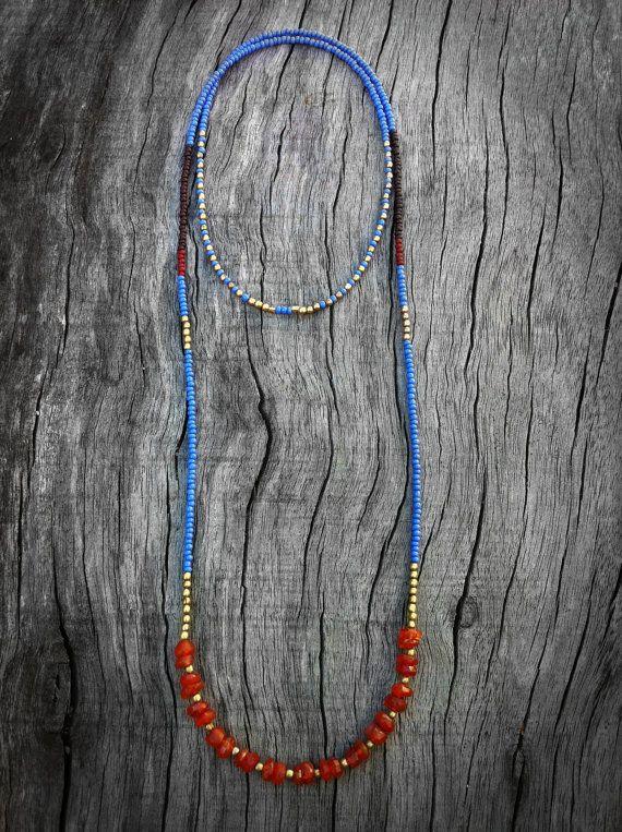 Cornflower Blue Necklace  Boho Seed Bead and Stone von Kadhi