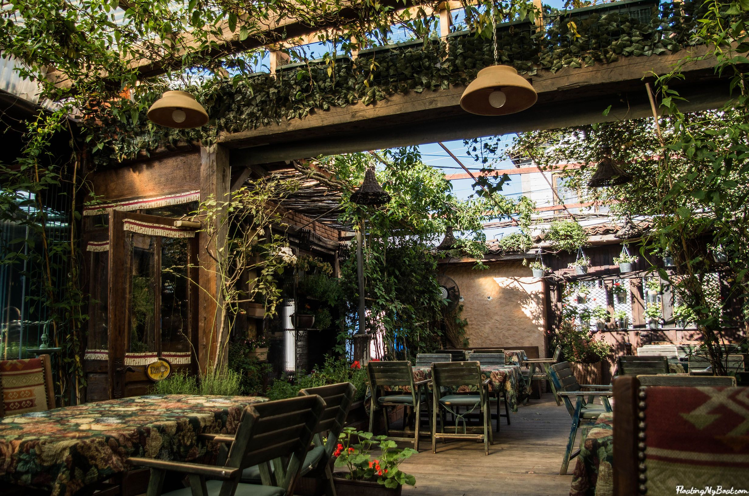 The six best cafes in Pristina Cool cafe, Pristina, Cafe