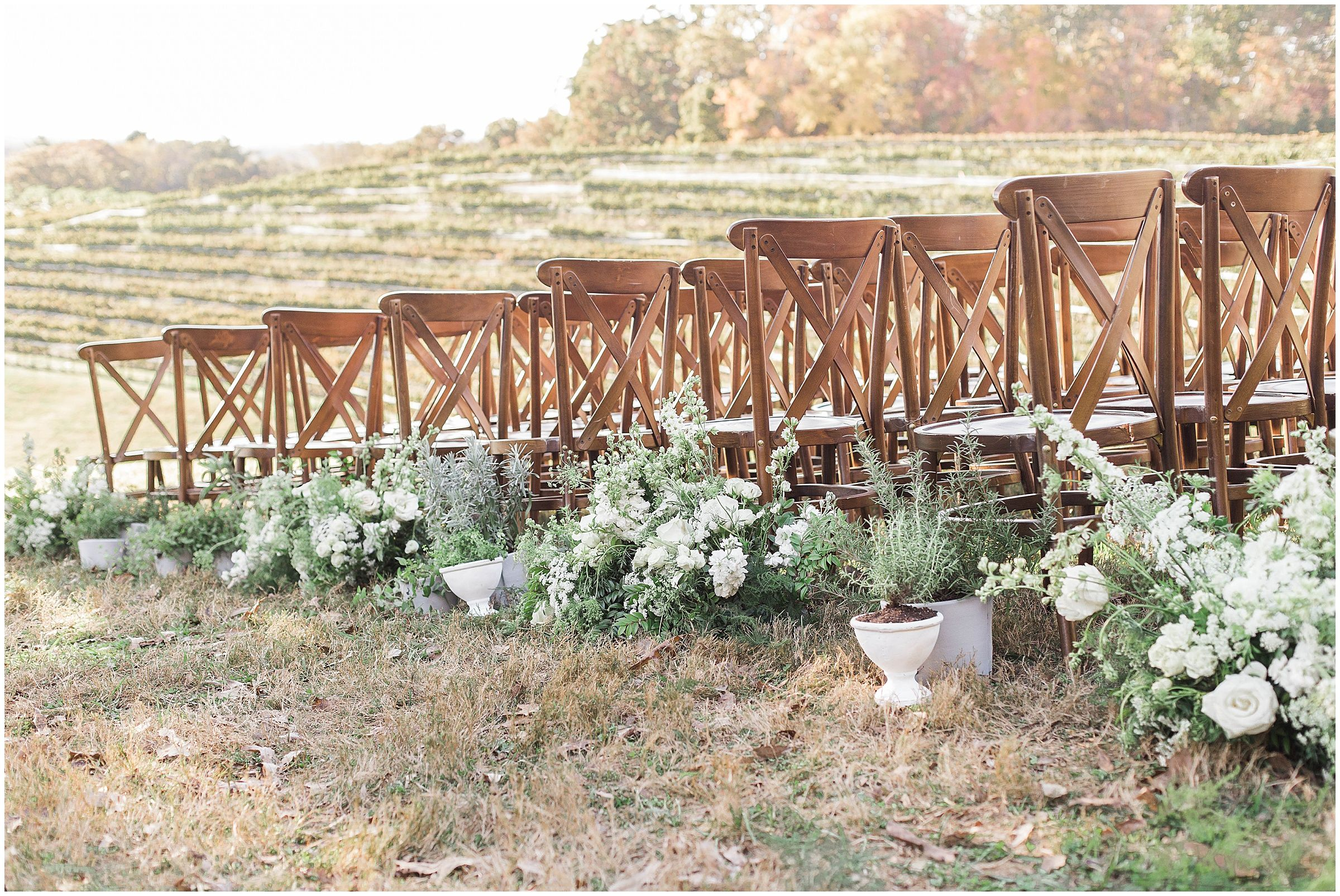 Montaluce Winery Wedding With Tuscan Inspired Details In Dahlonega Ga Tuscan Inspired Wedding Winery Weddings Tuscany Wedding Theme