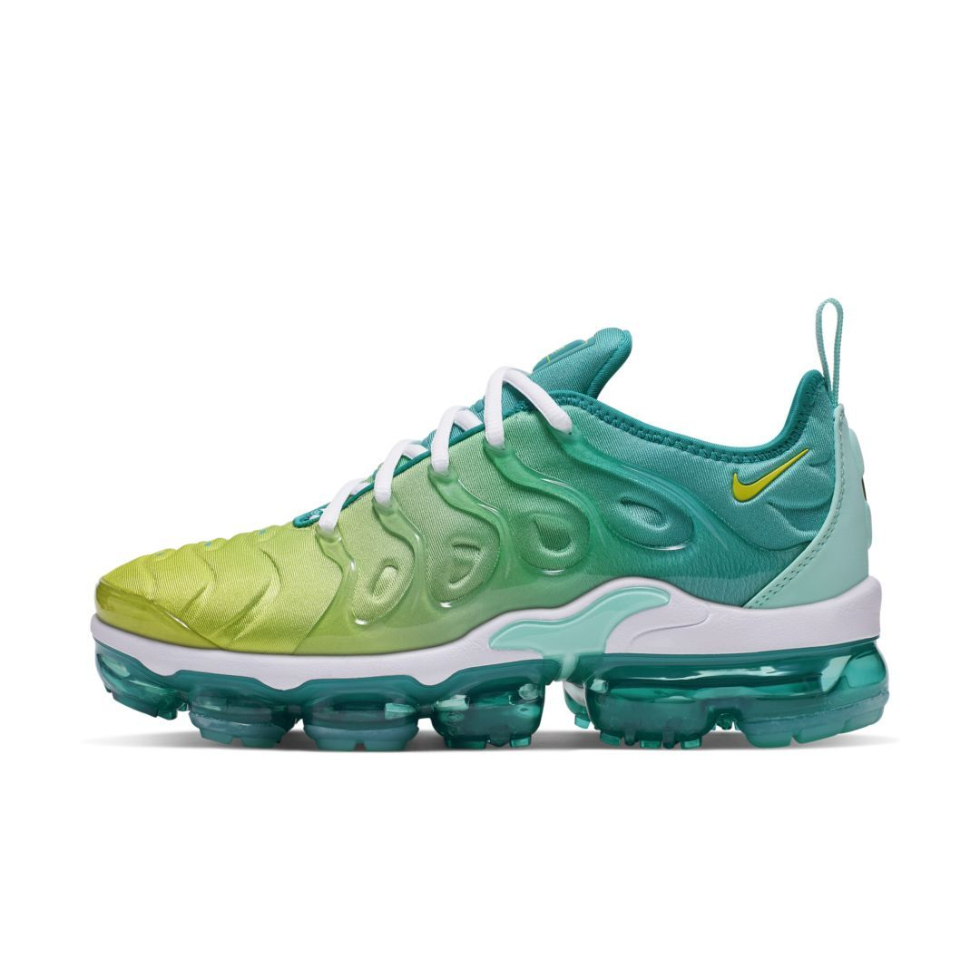 timeless design 316c6 0899a Nike Air VaporMax Plus Women's Shoe (Spirit Teal) | Products ...