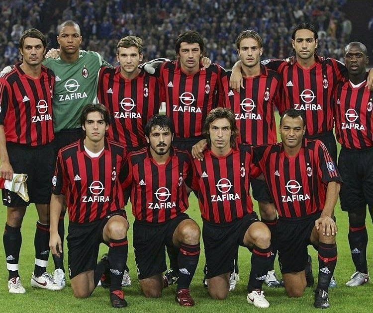 Che Squadrone Questo Milan Maldini Dida Shevchenko Franco Baresi And Paolo Maldini Conceded Just 23 Goals In 2020 Ac Milan Paolo Maldini Italy National Football Team