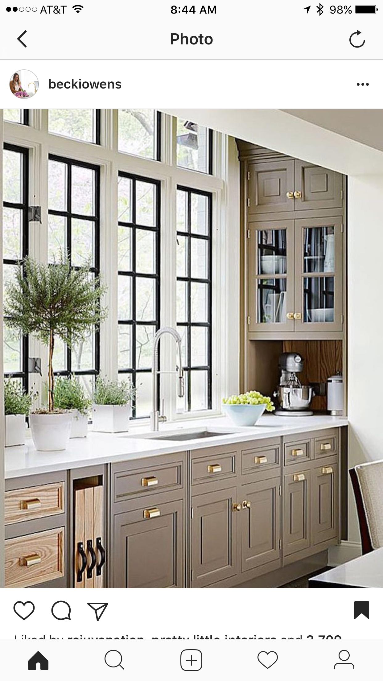 Interior window frames - Love The Dark Window Frames And White Trim