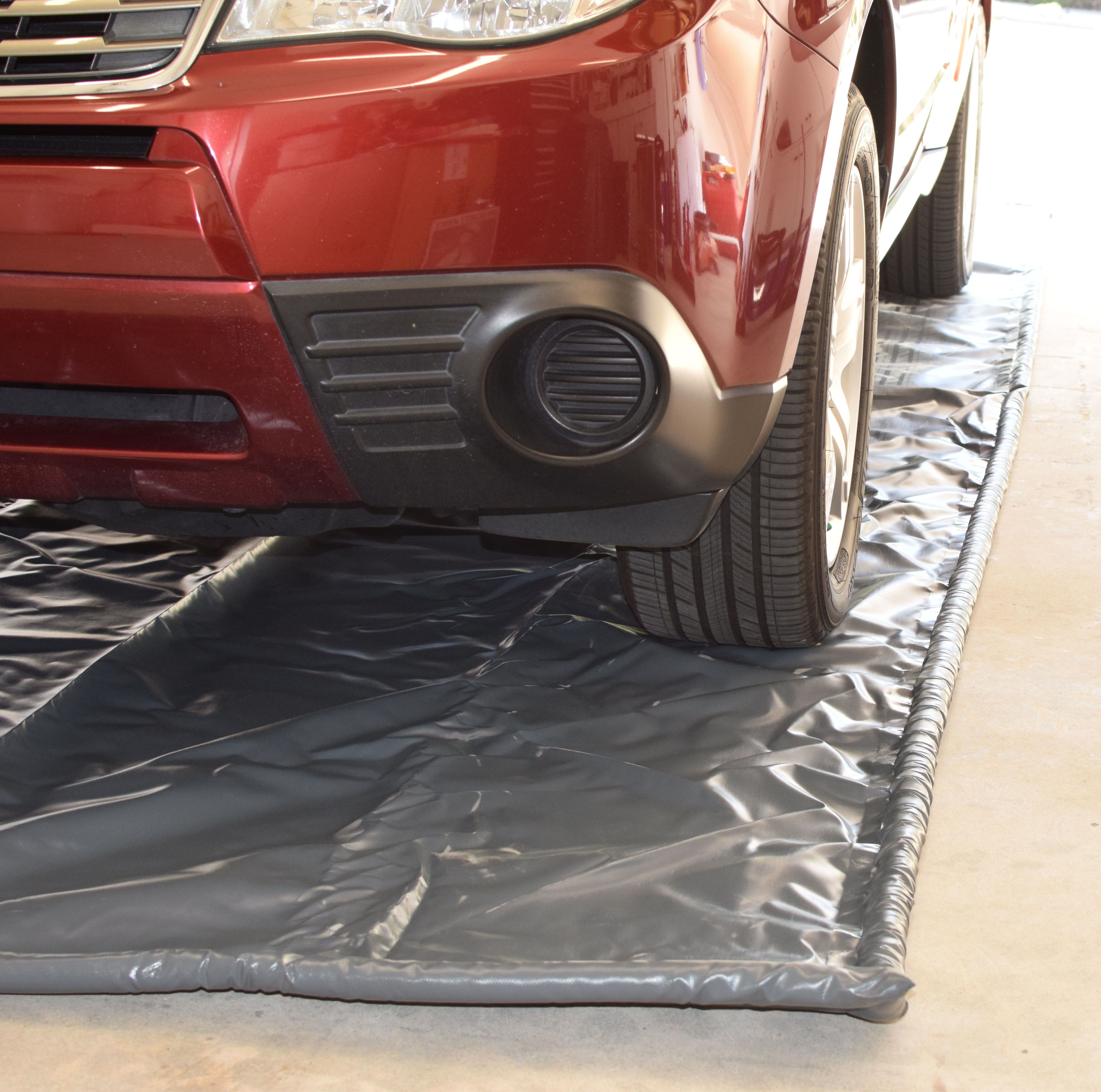 In A 5 Star Review Of Our Trucontain Mat Gary Said This Is Exactly What I Was Looking For Easily Contain Mud A Garage Floor Mats Garage Floor Garage Design