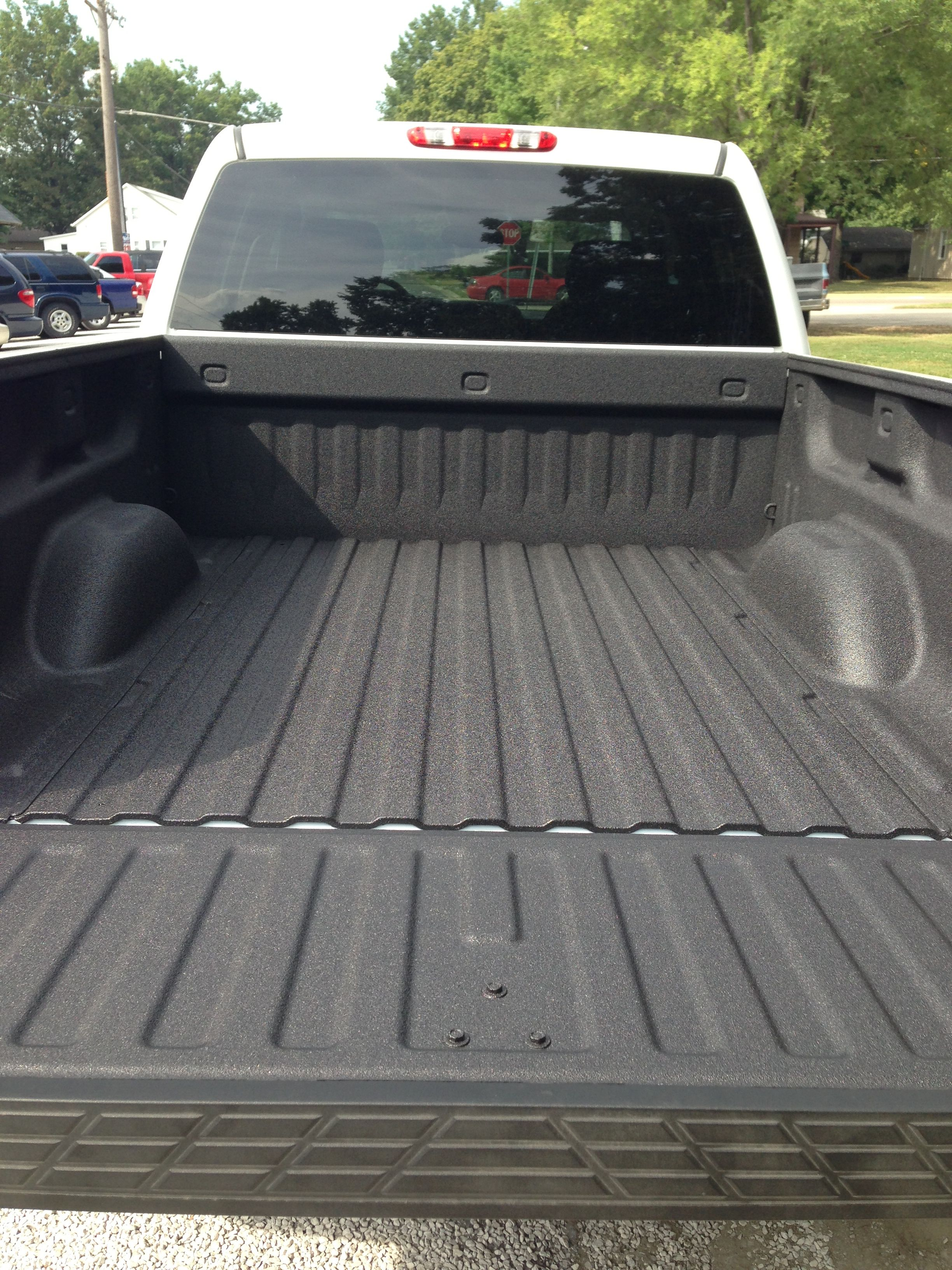 Spray In Bedliner 13 Silverado Spray On Bedliner Truck Bed Liners Bed Liner