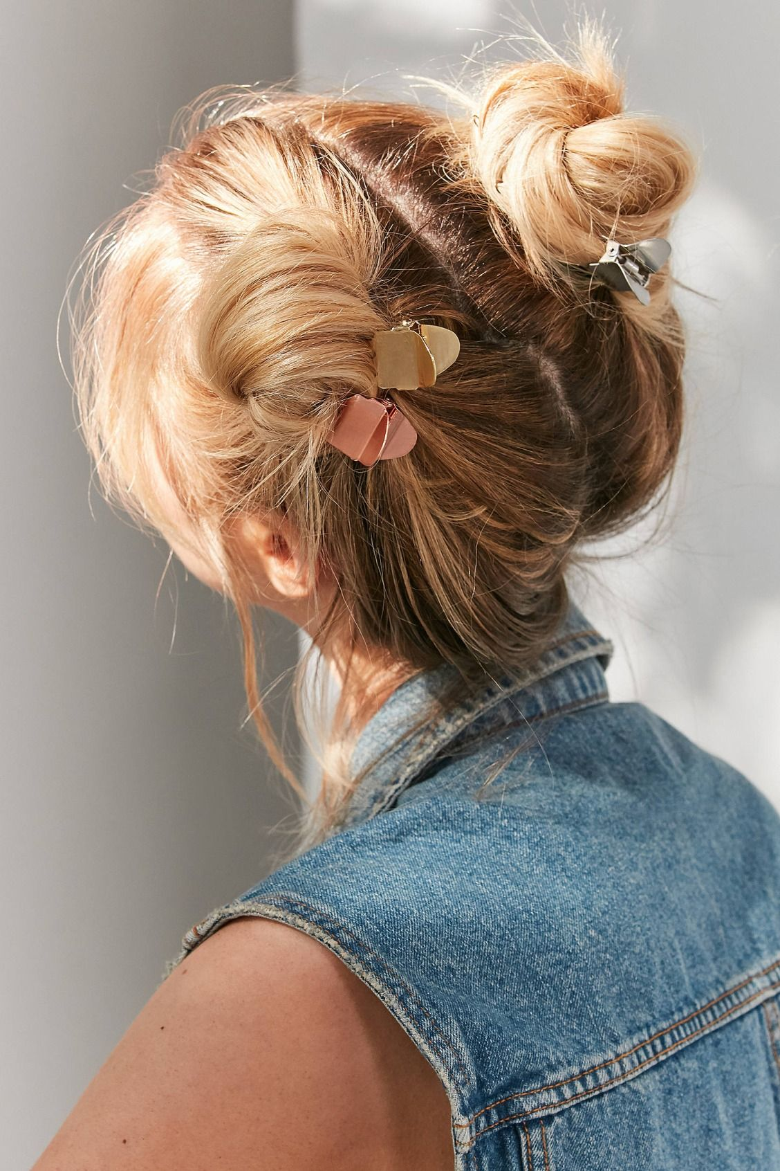 19+ Claw clip hairstyles for long hair trends