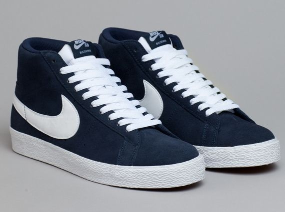 Odiseo bandera nacional solar  Nike SB Blazer Mid - Obsidian - White - SneakerNews.com | Sneakers men  fashion, Sneakers fashion, Types of shoes men