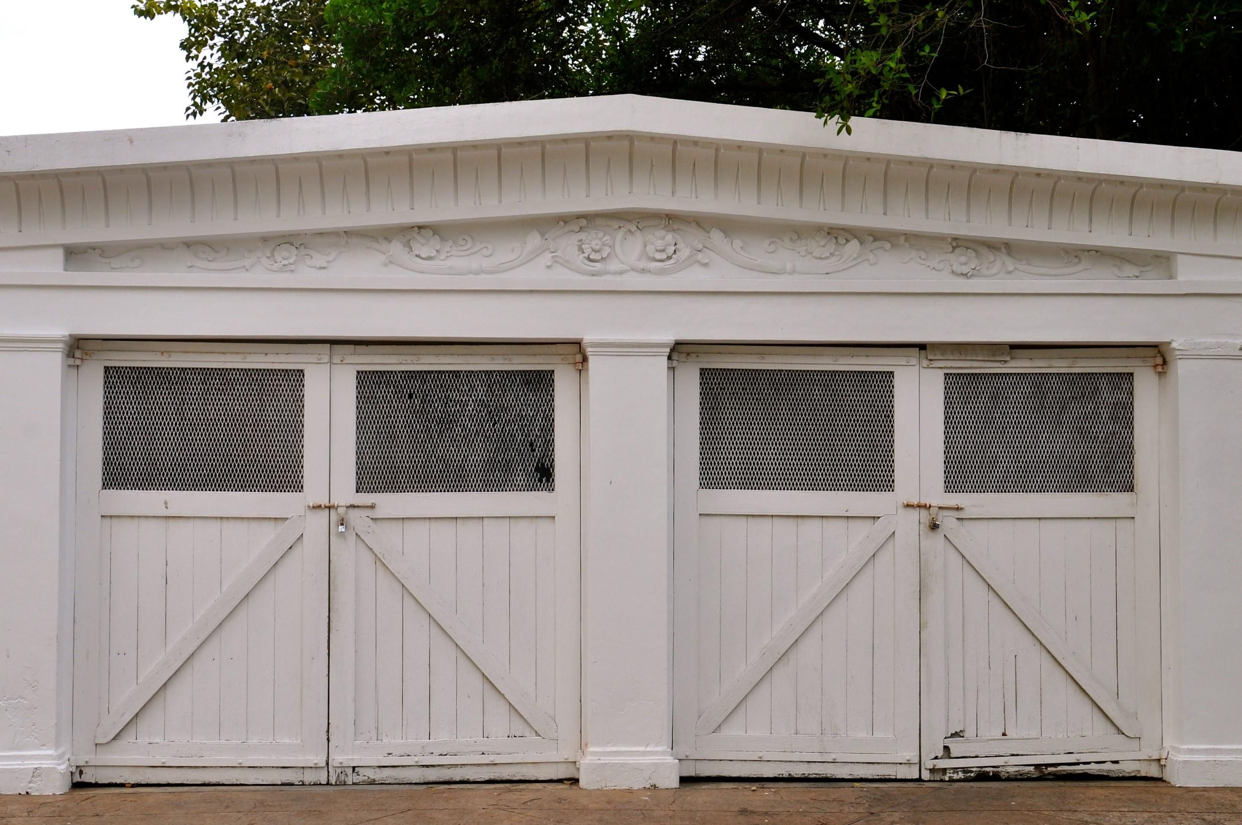 11 Carriage Doors that Will Give Any Home an Old World Charm