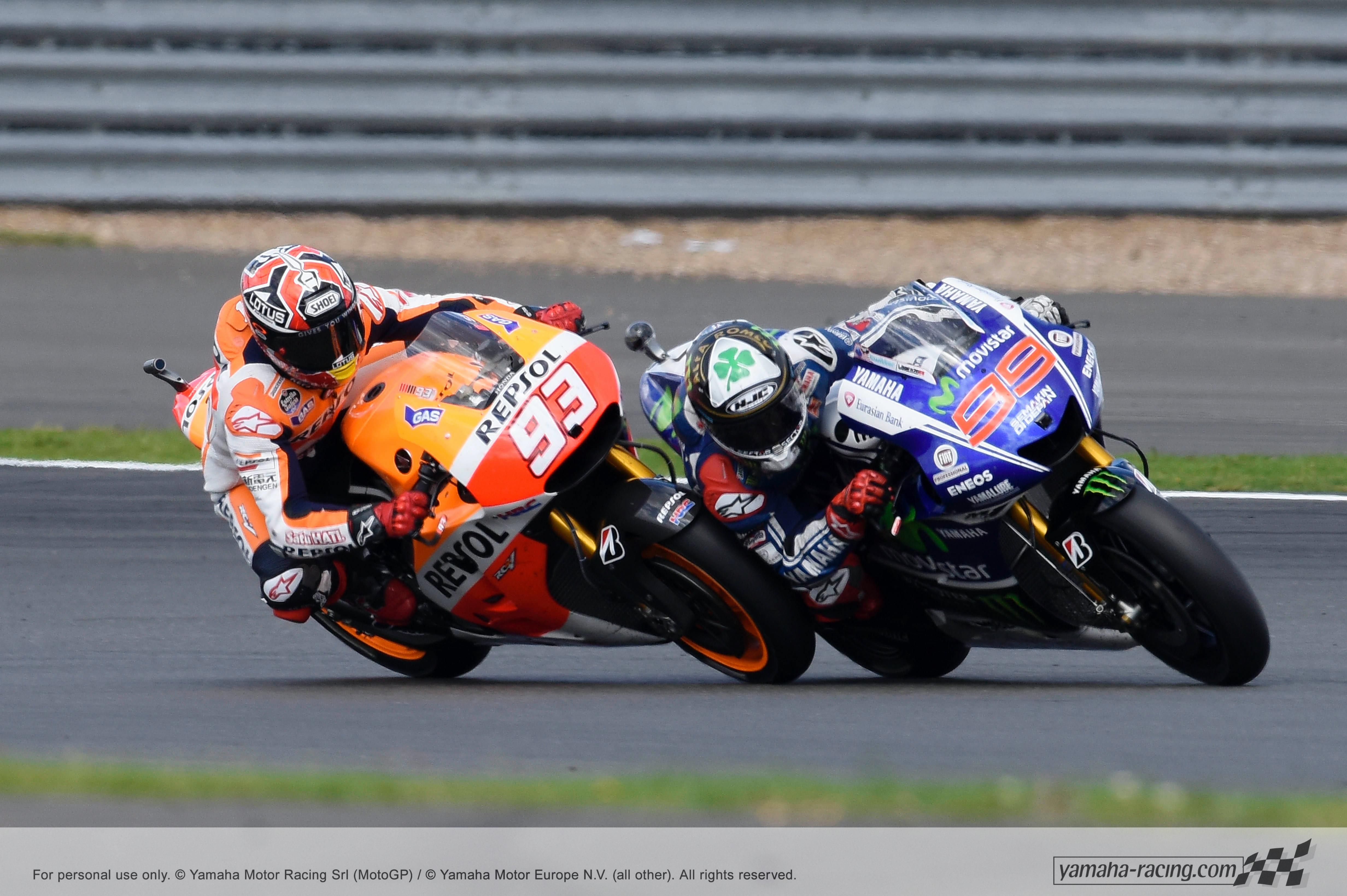 That Ll Leave A Mark Lorenzo And Marquez Fighting For First Place At Silverstone Motogp Racing British Grand Prix