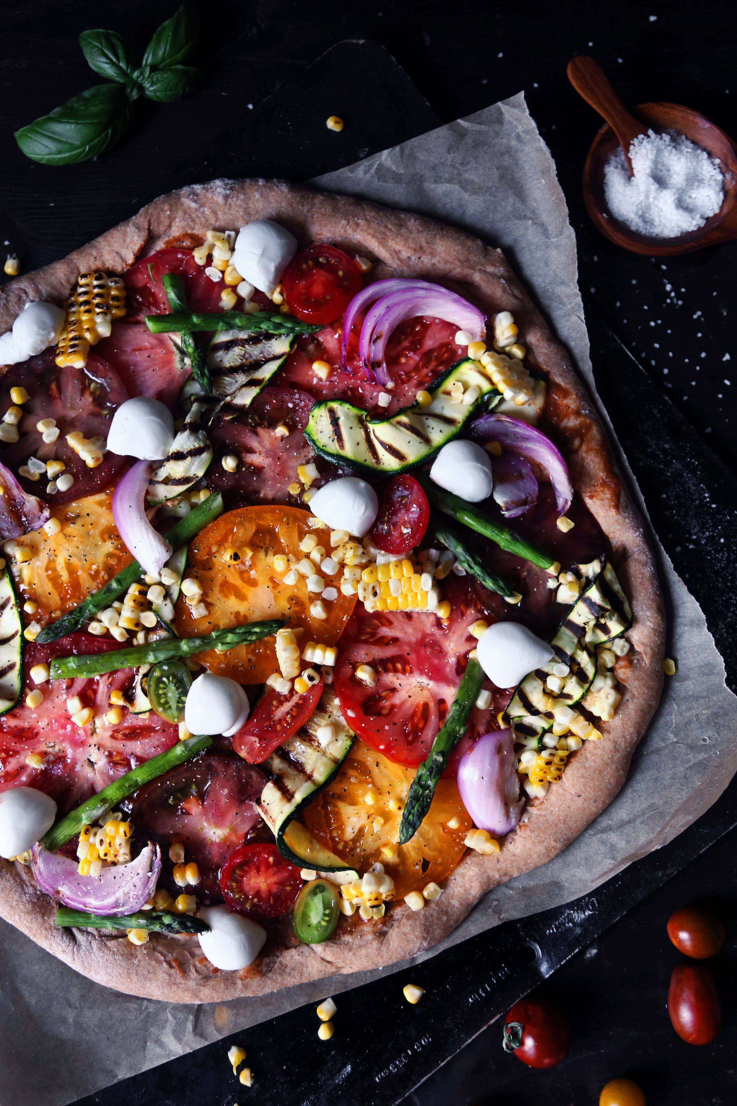 grilled veggie pizza | wife mama foodie