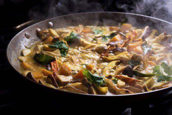 Pin by Kim on Simply Filling | Mushroom curry, Stuffed mushrooms