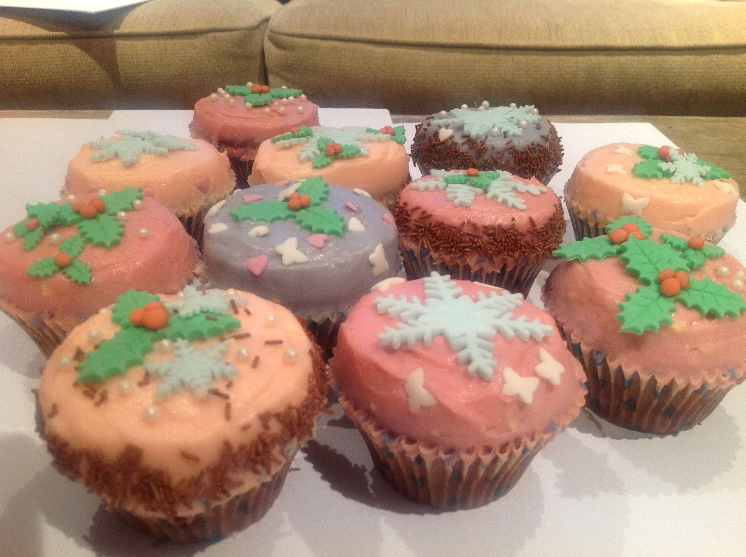 Cupcakes at Christmas time.