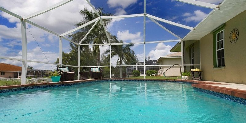Contemporary Pools Offer You Best In Ground Pools Construction Service In Cape Coral Fl Contemporary Waterfront Homes For Sale In Ground Pools Pool