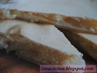 Crea & Cucina... Con Fantasia: FOCACCIA SOTTILE AL FORMAGGIO ...