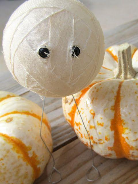 Craftaphile Halloween Decor Mummies ~ styro ball, 20 gauge wire - halloween crafts ideas